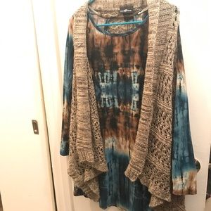 Tie Dye Velvet Tunic With Tan Vest
